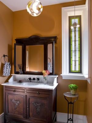 Окно в ванной комнате 11