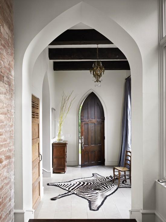 Восточные аксессуары в интерьере мавританского стиля