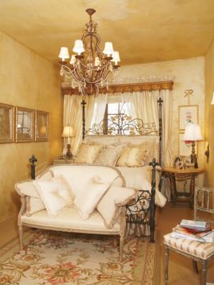 Золотая спальня в стиле барокко