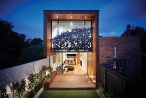 Дом в Японском стиле с прозрачной стеной