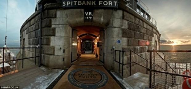 Отель в старой крепости 4