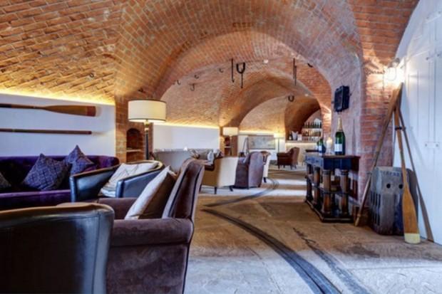 Отель в старой крепости 7