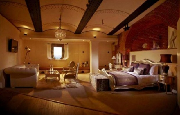 Отель в старой крепости 8