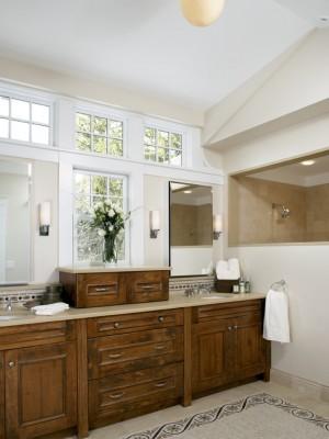 Окно в ванной комнате 27
