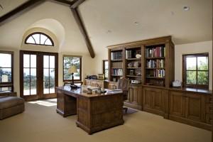 Интерьер кабинета в Баварском стиле