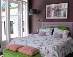 Лиловая спальня – дизайн интерьера смелых людей