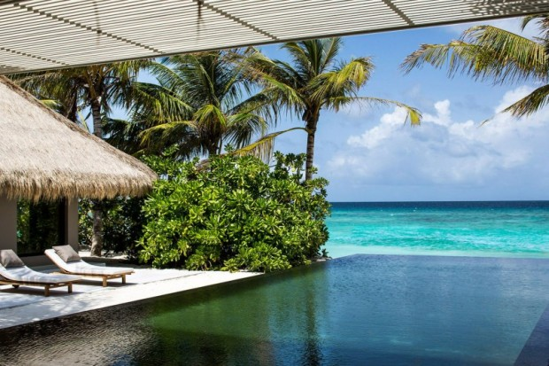 Отель на острове 4