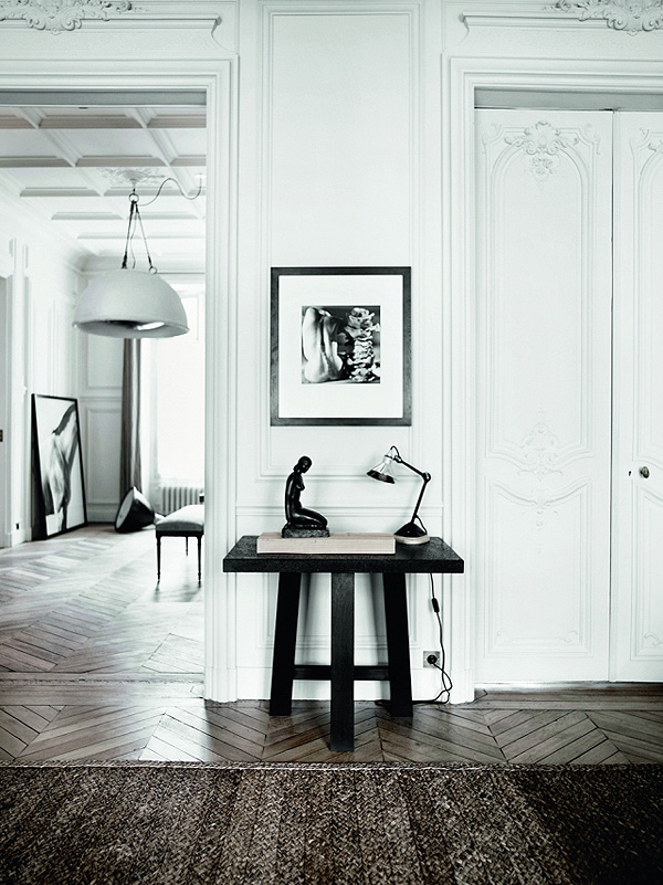 Parisian_Apartment_8