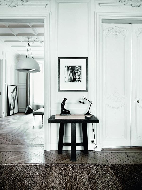 Parisian_Apartment_8