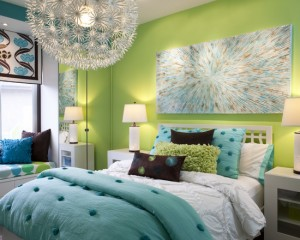 Салатово-голубой цвет комнаты