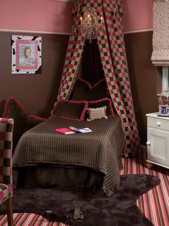Комната для девочки в темных тонах