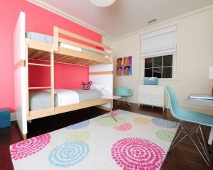 Комната для девочек с двух ярусной кроватью