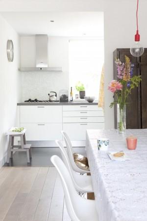 Интерьер кухни в скандинавском стиле с запоминающими мелочами