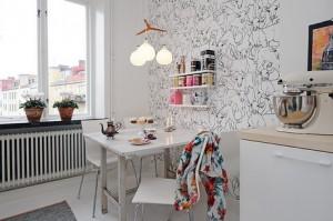 Обои с иллюстрациями на скандинавской кухне