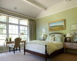 Фото: классическая спальная комната