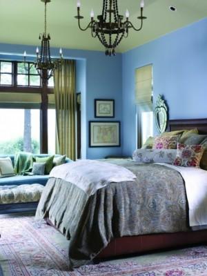 Интерьер сине-салатовой спальни