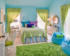 Голубой и салатовый цвет в комнате для девочки
