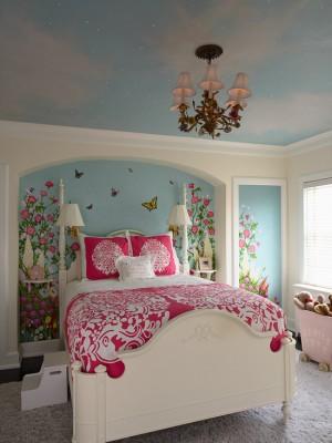 Спальня с небом на потолке