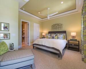 Фото: салатовая спальня в стиле минимализм