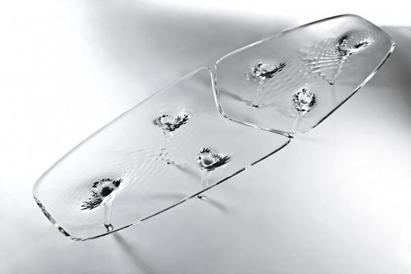 Жидкий стеклянный стол 3