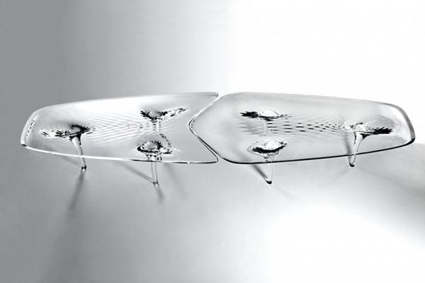 Жидкий стеклянный стол 4