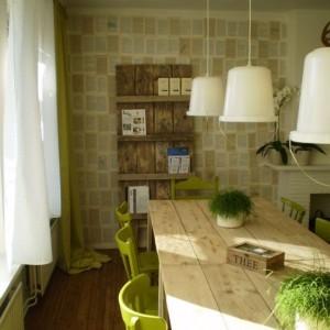 Эко кухня с деревянной мебелью