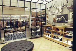 Мужской обувной магазин в Сеуле