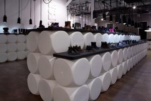 Стильный магазин обуви в Берлине