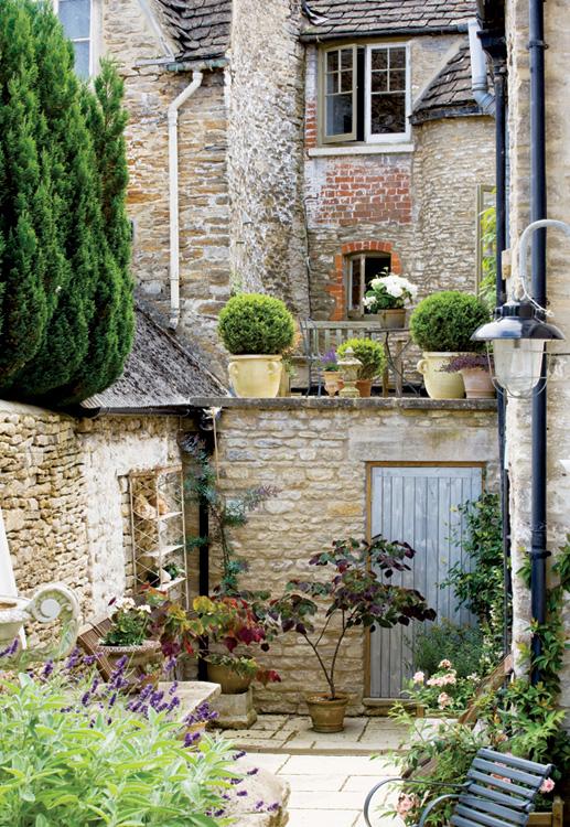Французский дом в Англии 12