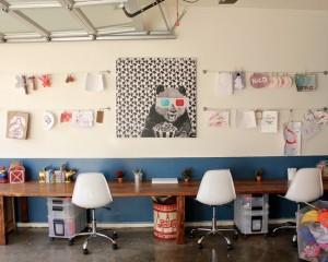 Фото: письменный стол для нескольких детей