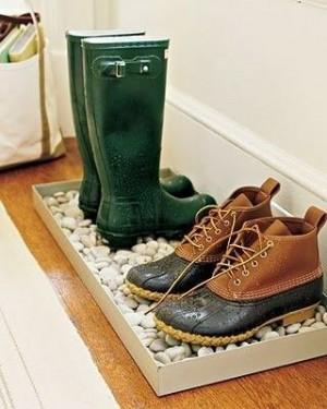 Стойка для обуви из камней
