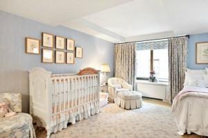 Спальня в стиле барокко для ребенка и родителей