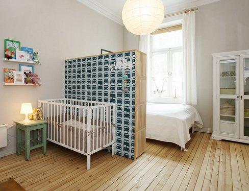 Перегородка отделяющая спальное место родителей и ребенка