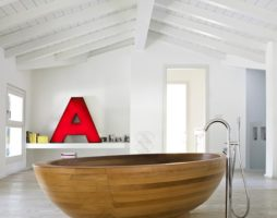 Поговорим о деревянных ваннах