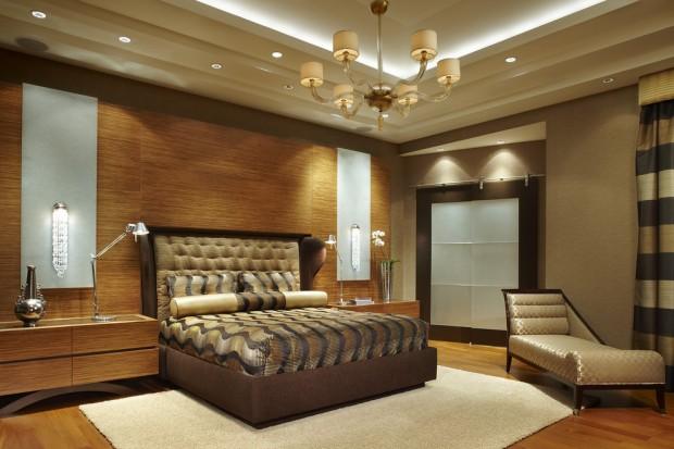 Стена из бамбука за изголовьем кровати