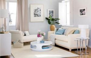 modern-blue-and-white-living-room-decor