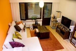modern-orange-and-white-living-room-decor