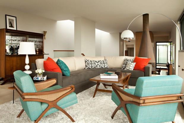 Оранжевый и бирюза в дизайне гостиной