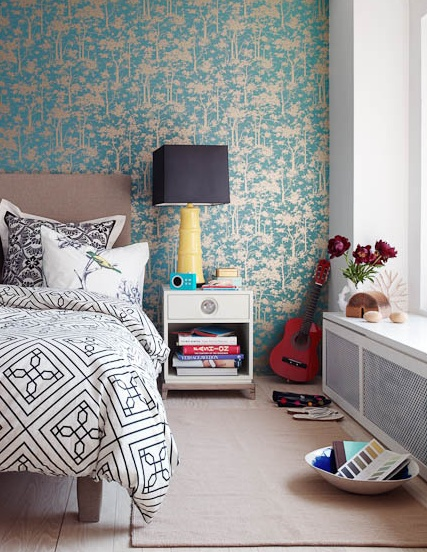 Голубые обои для стен в спальню