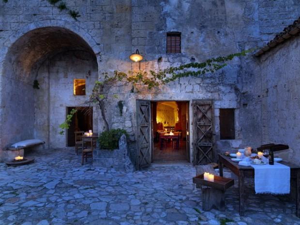 Le-Grotte-della-Civita11