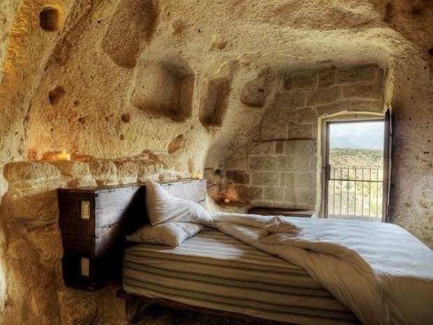 Le-Grotte-della-Civita5