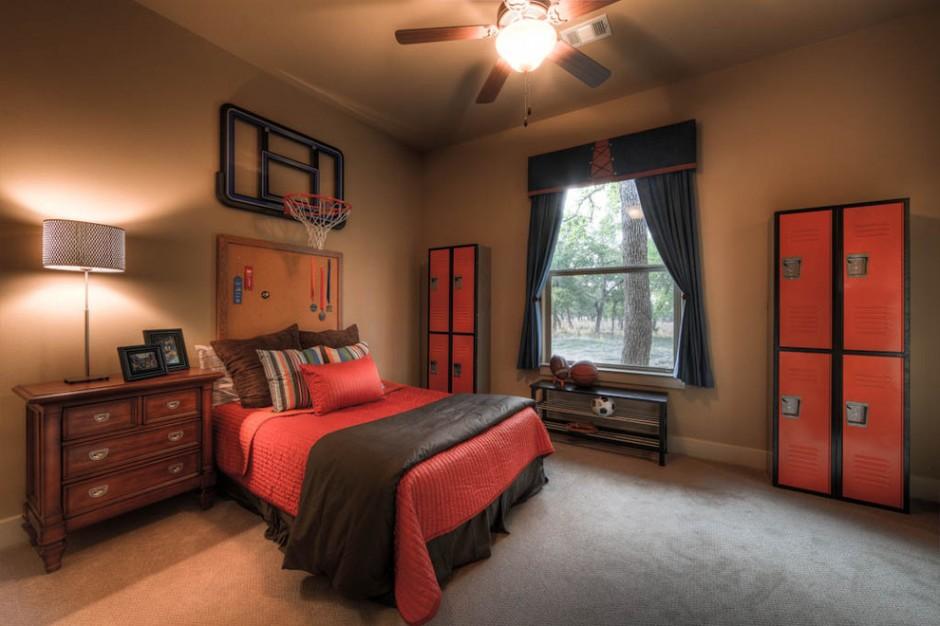 Имитация баскетбольной площадки в комнате-подростка