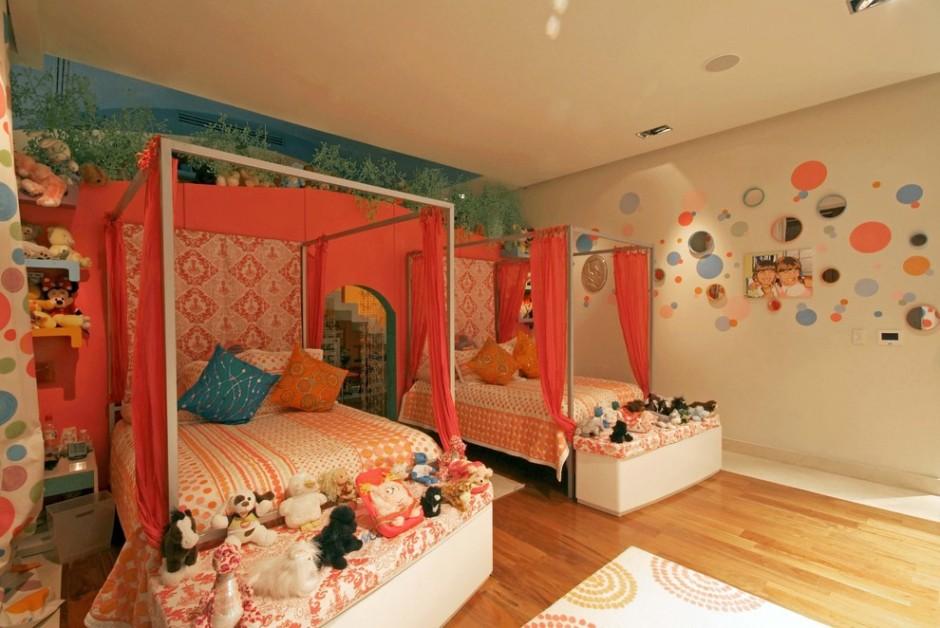 Кровать как личное пространство для каждой девочки