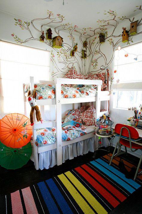 Живописная детская комната