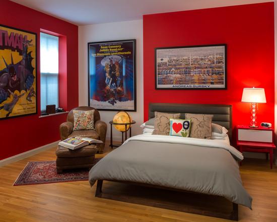 Детская комната с постерами популярных комиксов