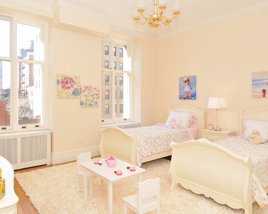 Солнечная комната для двух девочек