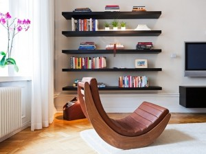 Bold-Modern-FLaoting-Shelves