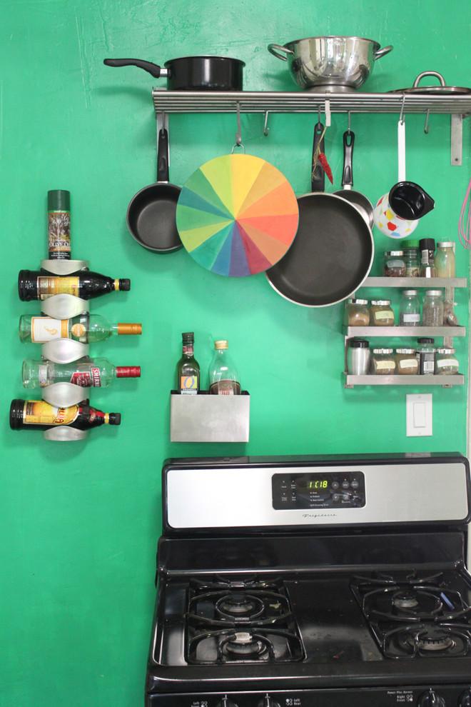 Кухни в зеленом цвете