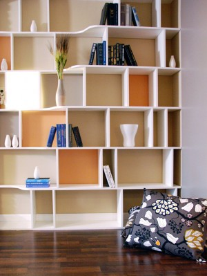 HDTS2812_wall-shelves-pillow_s3x4_lg