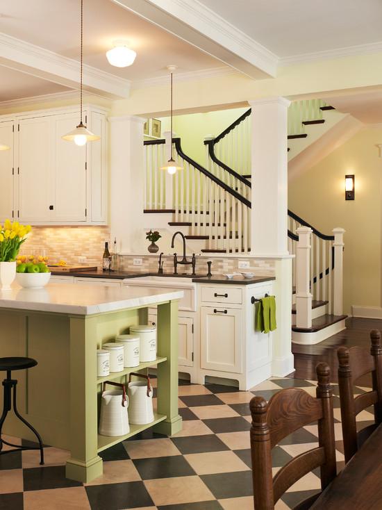 Бело-зеленое сочетание цветов на кухне